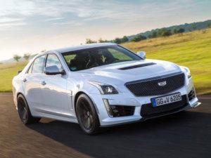 Kraftstoffverbrauch für Cadillac CTS V: innerorts/außerorts/kombiniert (l/100 km): 20/8,9/13; CO2-Emissionen kombiniert (g/km): 298 (gemäß VO [EG] Nr. 715/2007); Energieeffizienz-klasse: G