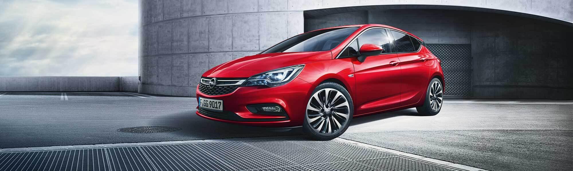 Die Opel Astra Limousine bei Ulmen