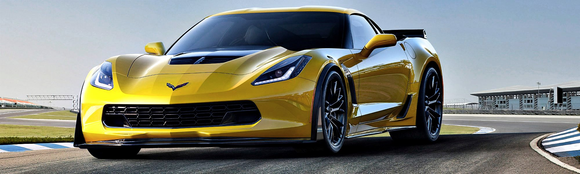 The 2015 Corvette Z06 delivers unprecedented levels of aerodynamic downforce, at least 625 horsepower from an all-new supercharged engine, and an all-new, high-performance eight-speed automatic transmission, and the suite of advanced driver technologies introduced on the Corvette Stingray.